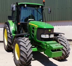 John Deer 6330 - front right view