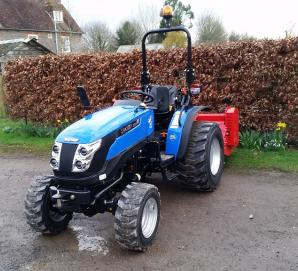 New Solis 26 Tractor with Del Morino 1.32m Heavy Duty Flail Mower