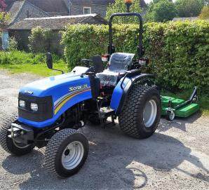 Solis 26 on Turf Tyres with 1.5m Finishing Mower