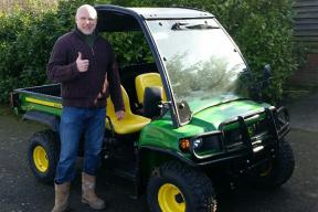 Picture: /testimonial-files/4/w288/jason--his-new-jd855-gator.jpg