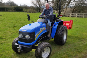Picture: /testimonial-files/6/w288/solis-20-4wd-turf-tyres-flail-mower-att.jpg